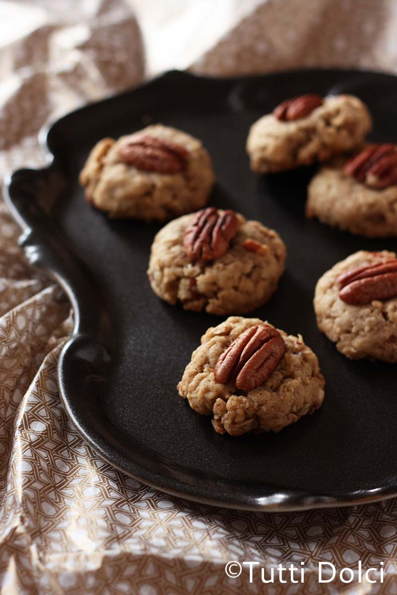 toasted oatmeal-pecan cookies