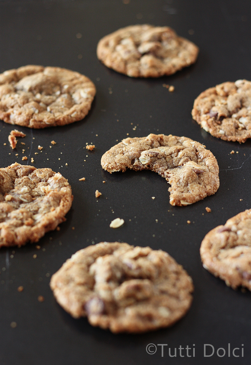 Cookie Butter Oatmeal Chocolate Chip Cookies   Tutti Dolci