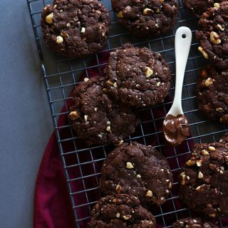 flourless chocolate-hazelnut cookies