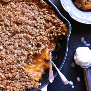 peach skillet crumble