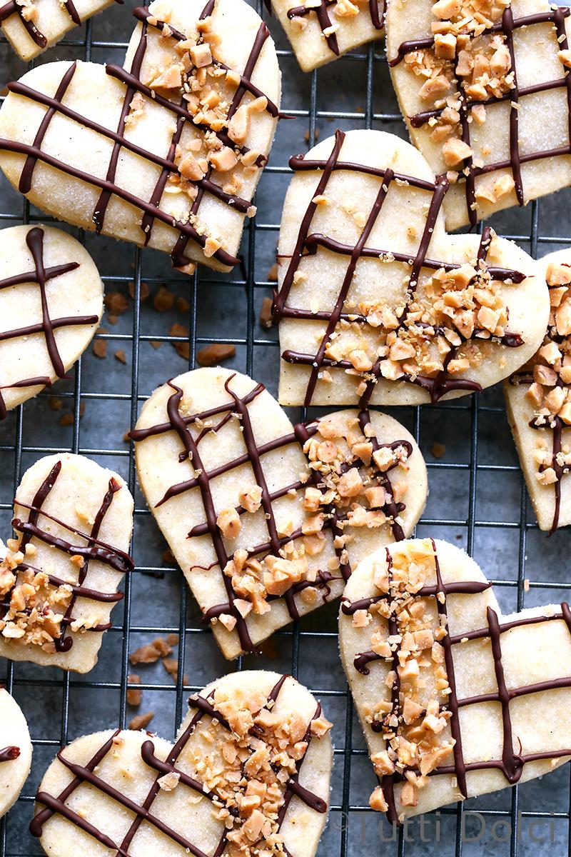 Chocolate-Toffee Shortbread Hearts