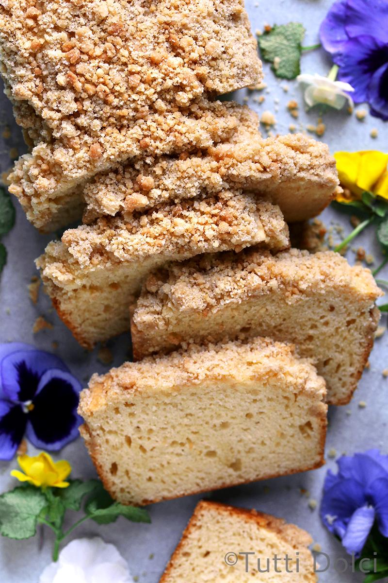 Irish Cream Crumb Cake