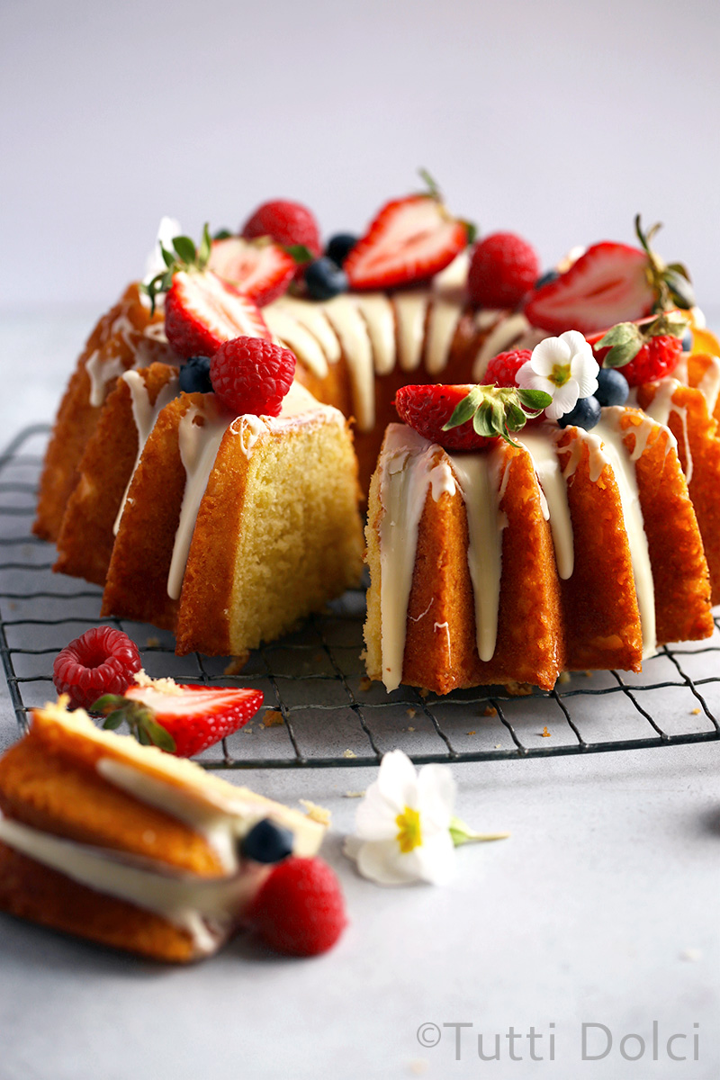 Citrus Olive Oil Bundt Cake