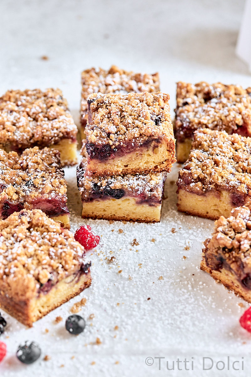 Berry Streusel Coffee Cake