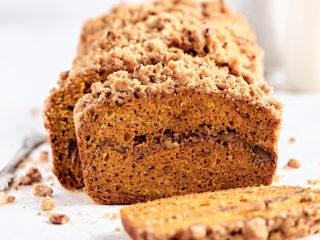 Pumpkin Spice Streusel Bread