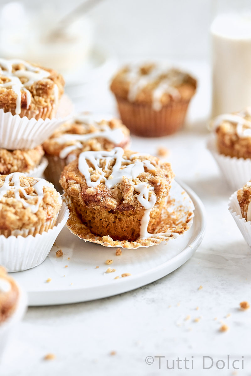 Brown Butter Apple Crumb Muffins